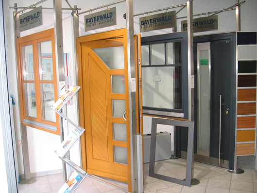 Geöffnete haustür  Fenster, Haustüren und mehr - Fortuna Wintgergarten